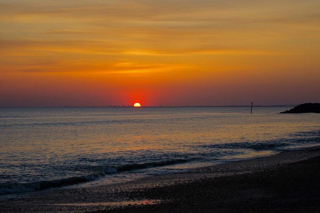 Bunn Leisure Selsey Beach Sunset