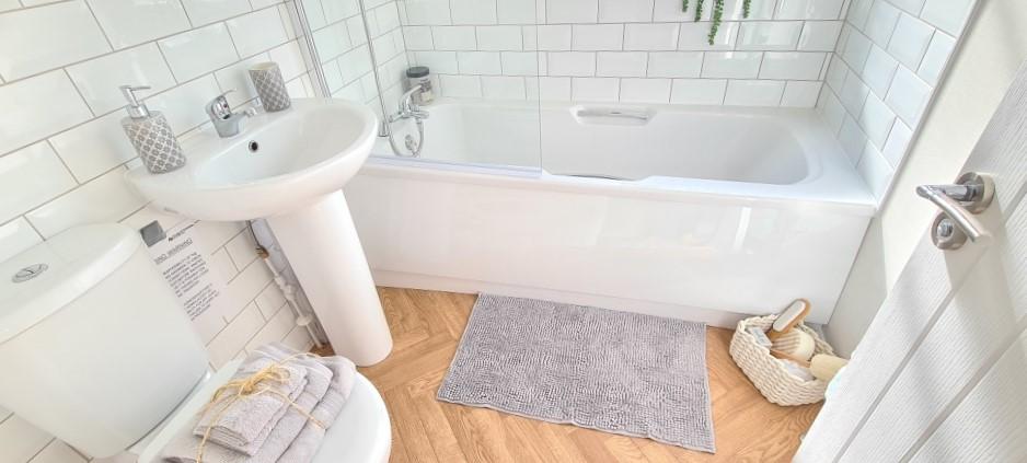 Holiday Homes For Sale At Bunn Leisure - Prestige Burleigh - Bathroom