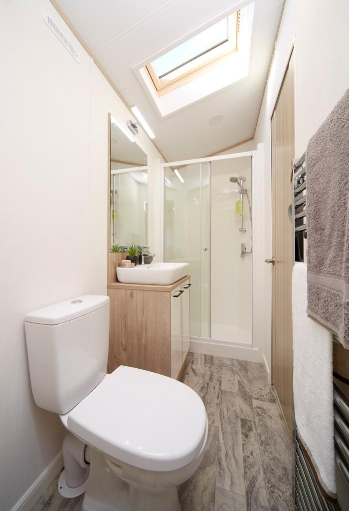Bunn Leisure Properties For Sale - Atlas Jasmine Lodge - Bathroom